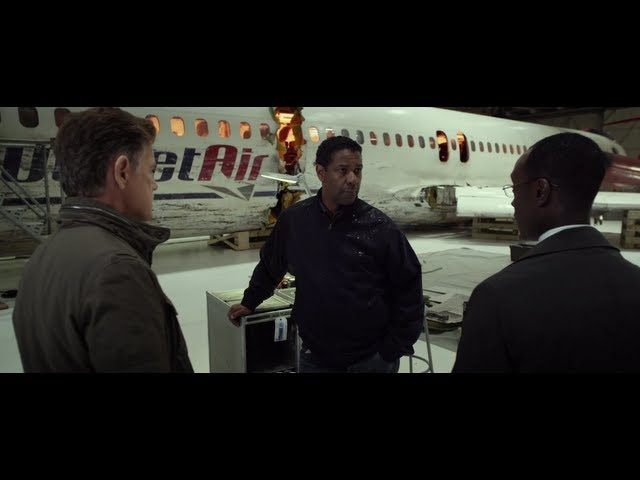 O Voo - Flight Movie Official Clip: The Only One