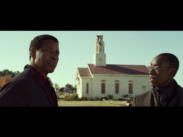 O Voo - Flight Movie Official Clip: Whos God