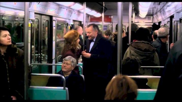 Um Amor em Paris - Trailer Oficial